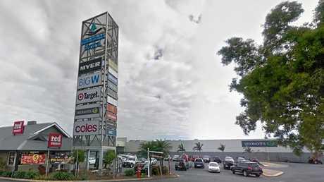 'Caneies' shopping centre