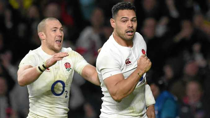 England's Ben Te'o (right) celebrates with teammate Mike Brown after scoring a try against France at Twickenham.