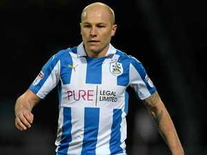 Oh Mooy, ugly scenes after winning goal