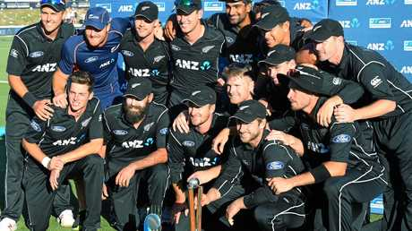 The New Zealand team after their series win over Australia