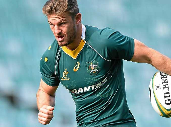 Wallabies player Rob Horne takes part in a training session at Allianz Stadium.