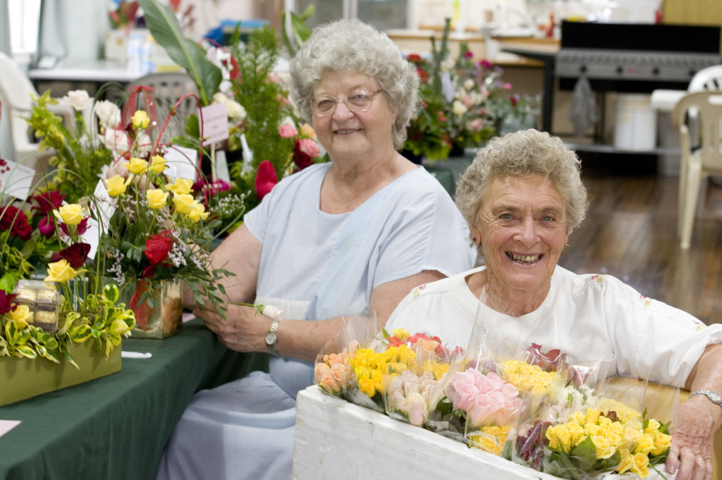 Ritva Lappalainen (left) and Maureen Hultgren of Toowoomba Floral Art Group and Queensland State Rose Garden with flowers and arrangements for Valentine's Day, Monday, February 13, 2012. Photo Kevin Farmer / The Chronicle