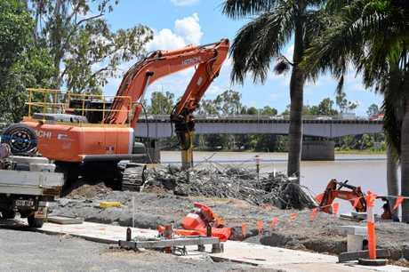 Saigon Saigon being demolished on the Rockhampton Riverfront.
