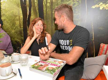 Belinda Downes talking to Pete Evans at the Paleo Cafe Mackay in March 2016.