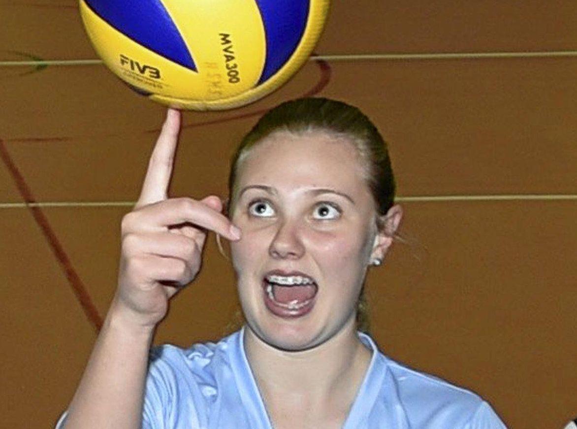 FIRM FOCUS: Harristown State High School volleyball player Sophie Thornton.