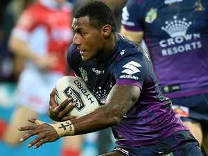 Storm star signs new deal