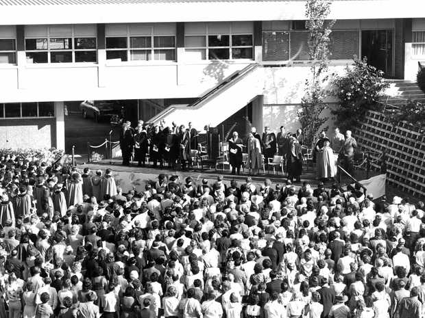 EARLY ALUMNI: An early graduation in 1970s on lawns of Student Admin building at CQUniversity.