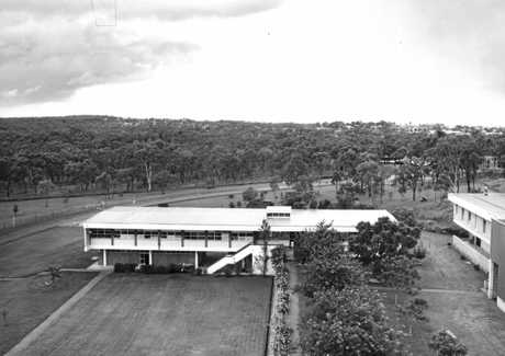 Student Admin building at CQUniversity Rockhampton in the early 1970s.