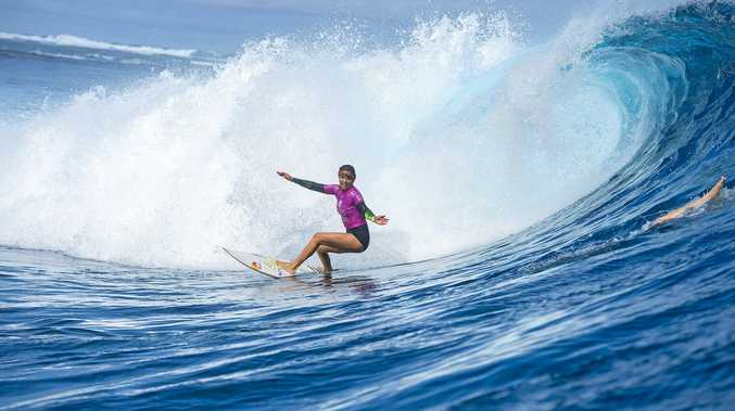 Sally Fitzgibbons wins the  Fiji Womens Pro in 2015.