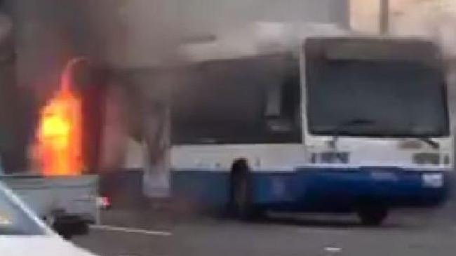 A bus fire has closed the Sydney Harbour Bridge