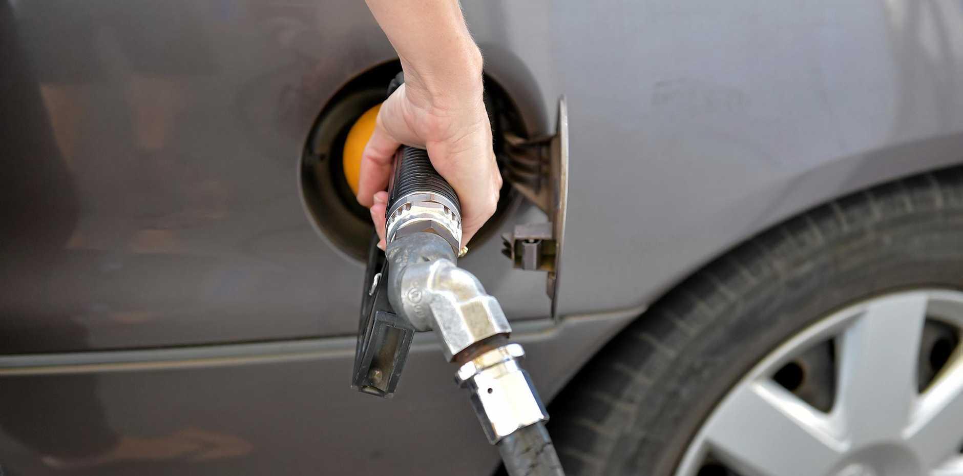 Cheap Fuel at Rainbow Fuel, Caloundra.Photo: Warren Lynam / Sunshine Coast Daily
