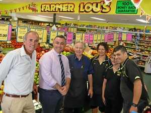 Deputy premier drops into Farmer Lou's