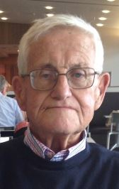 Police are looking to the public to help find an elderly man, who was last seen in Dicky Beach.