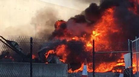 Essendon plane crashes into DFO. Picture: Jordan Fouracre/FacebookSource:Facebook