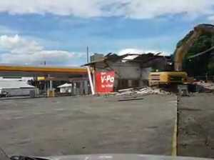 Toowoomba servo is demolished