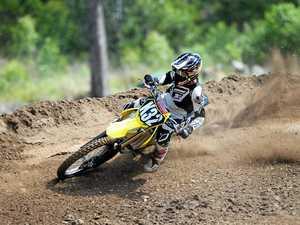 RMB230217 motocrosspics
