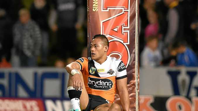 Tim Simona of the Tigers