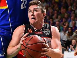 Hawks stun 36ers to book grand final spot