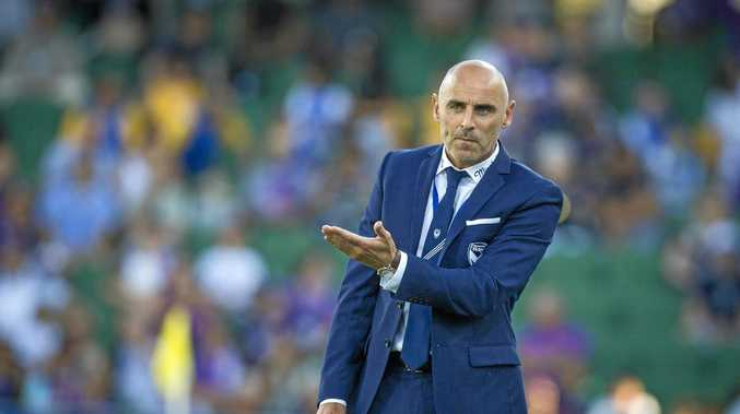 Melbourne Victory coach Kevin Muscat wants the A-League to recognised international breaks.