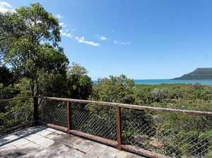 Cape Hillsborough 'treehouse' home