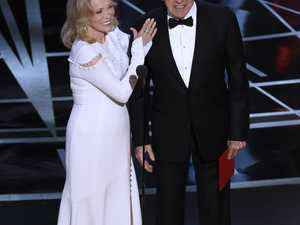 Two accountants behind Oscars Best Picture debacle 'banned'
