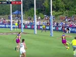 WATCH: Hunt has hand in AFLW goal of the year contender