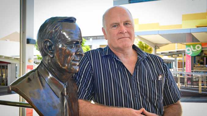 A bronze bust of Cyril Golding (1920  2012) by artist Paul Adamson was unveiled yesterday at Library square.