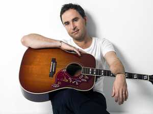 Singer Damien Leith. Supplied by Hot Off The Press.