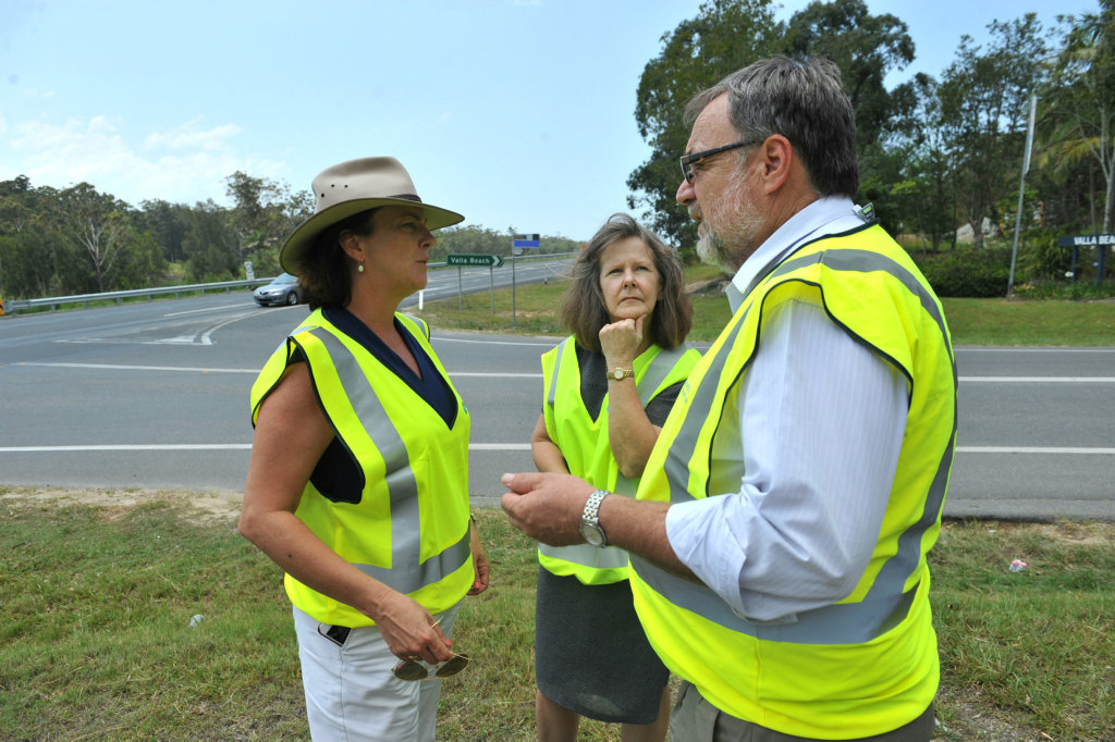 Discussing safety options for the Pacific Hwy at Valla last year were Oxley MP Melinda Pavey, Nambucca Shire Mayor Rhonda Hoban and Pacific Highway general manager Bob Higgins.