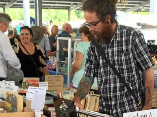 BARGAIN CITY: Hundreds of collectors check out the Collectorama Fair.