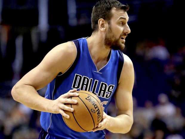 Australian Andrew Bogut playing for the Dallas Mavericks.
