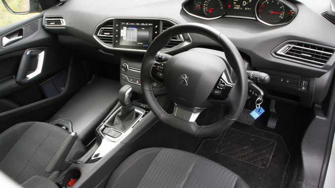 2017 Peugeot 308 Active.