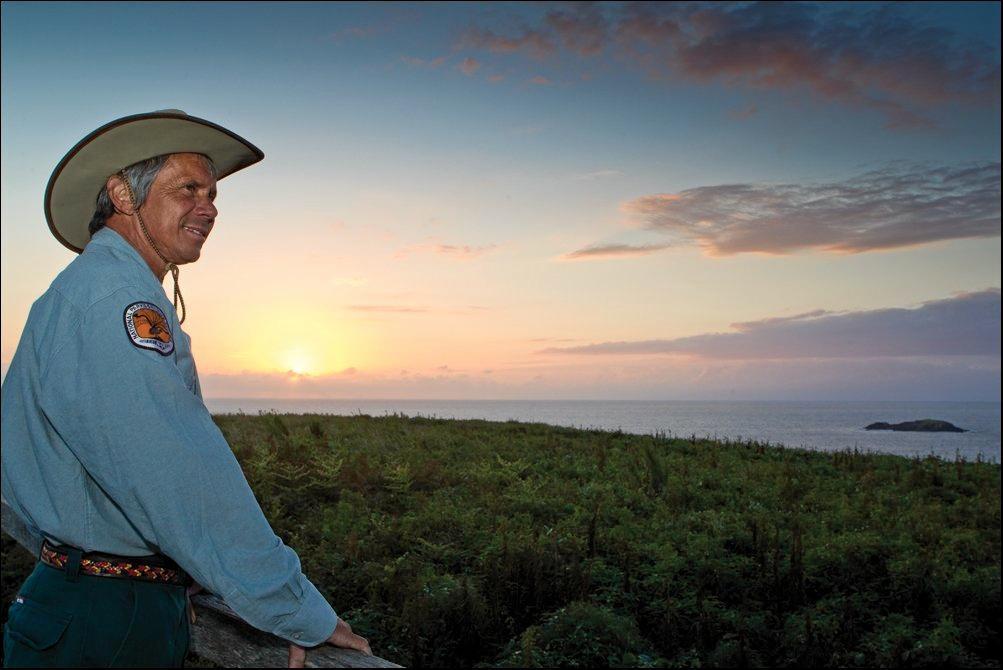 Elder Mark Flanders will host Muttonbirds by Moonlight.