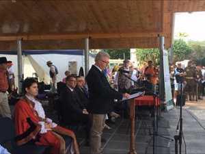Paul de Jersey opens Urangan Pier Centenary
