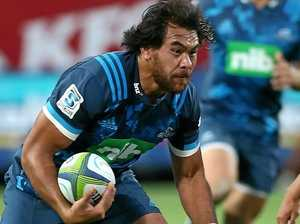 Chiefs too strong for 14-man Blues