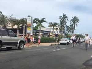 Urangan Pier street parade