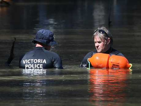 Police located a five-year-old boy's body in the river at Moama on Saturday morning after searching for him since he went missing on Thursday evening. Picture: Hamish Blair