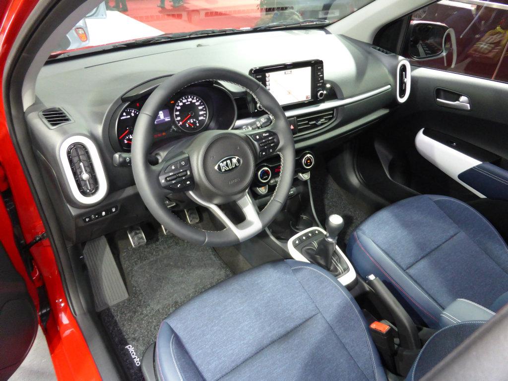 2017 Kia Picanto at the 2017 Geneva Motor Show