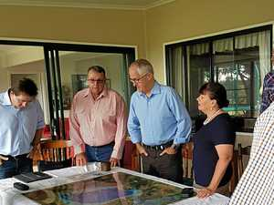 Prime Minister and Premier invited to Oakey to lift morale
