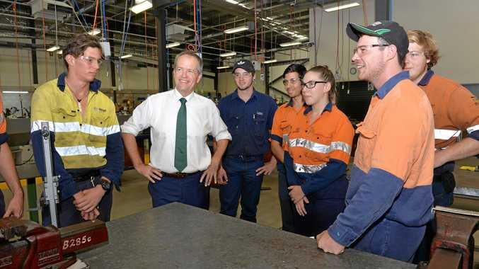 Bill Shorten chats with second year apprentices Zach Wyatt, Cole Johnston, Jordan Vassallo, Kacie Schwass and Greg Dunn.