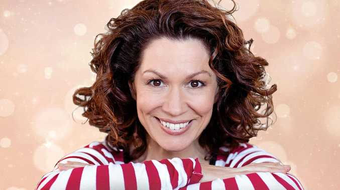 Kitty Flanagan returns with her brand new show SMASHING!