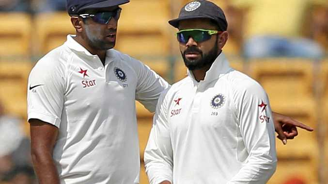 India's Ravichandran Ashwin (left) talks with captain Virat Kohli during the second Test.