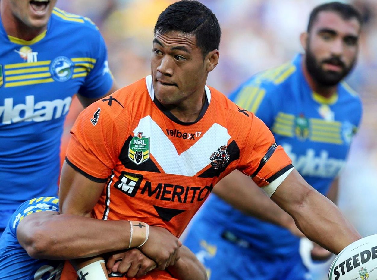 Tim Simona in action for the West Tigers.