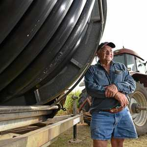 Bundy couple gives away two holidays to struggling farmers