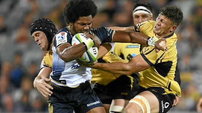 Henry Speight of the Brumbies (left) is tackled by Brynard Stander of the Western Force (right)