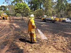 Firies fight off blaze that threatened homes