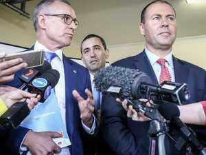 Gatecrash! SA Premier hijacks Fed Minister's presser