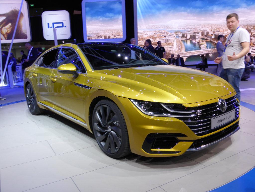 VW Arteon R-Line at the 2017 Geneva Motor Show