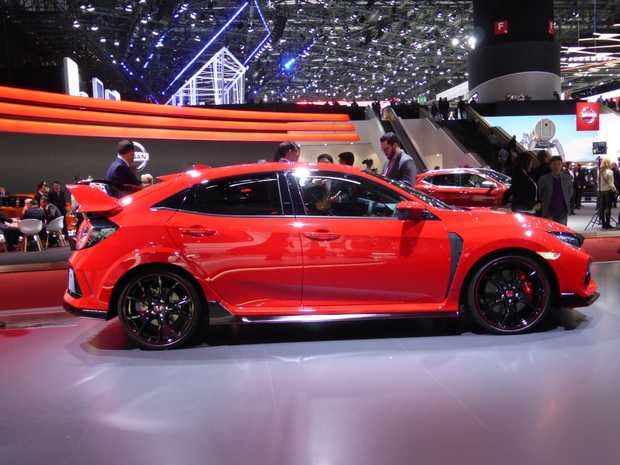 Honda Civic Type-R at the 2017 Geneva Motor Show