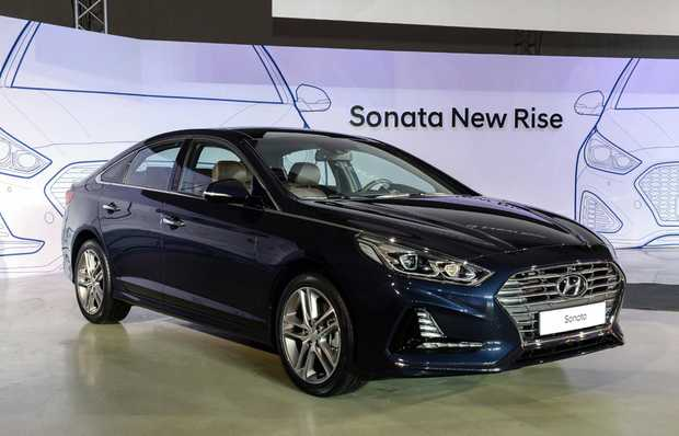 NEW FACE: Sharper styling, improved cabin, infotainment and safety for Hyundai's facelifted 2017 Sonata.